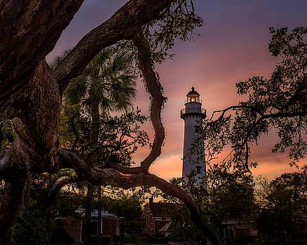 Chris Bordeleau - Dawn at Saint Simons Lighthouse - Horizontal