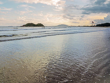Dawn Binh Hai beach by Tran Minh Quan