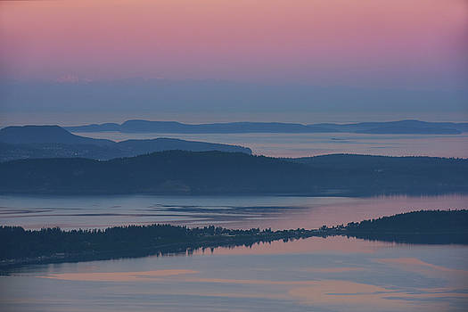Dawn From Oyster Dome by David Lunde