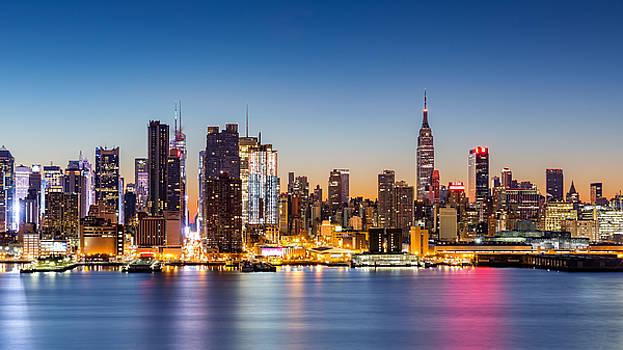 Dawn in New York City by Mihai Andritoiu