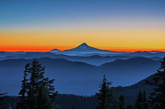 Dawn on the mountain by Ulrich Burkhalter