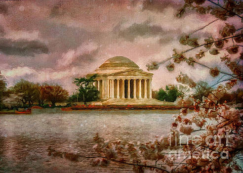 Lois Bryan - Dawn Over The Jefferson Memorial