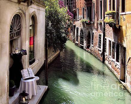 Daytime Romance.Venice  by Jennie Breeze