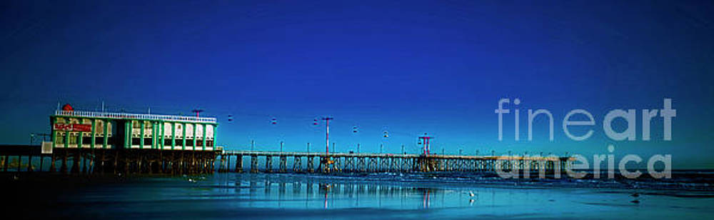 Daytona beach main street pier 30303176 by Tom Jelen