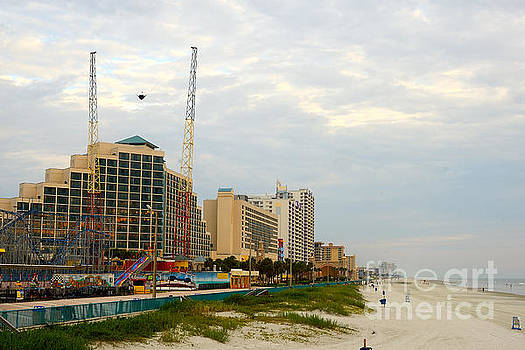 Daytona Beach by Timothy OLeary
