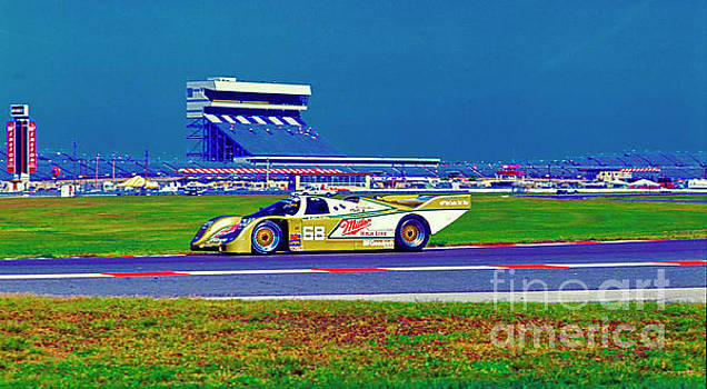 daytona speedway sun bank 24hr Porsche gtp by Tom Jelen