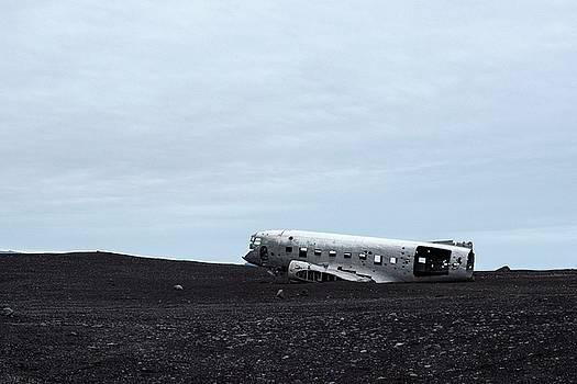 DC-3 Plane Wreck Iceland by Brad Scott