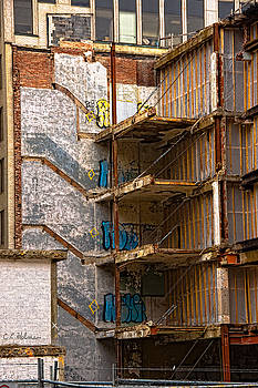 Christopher Holmes - De-Construction