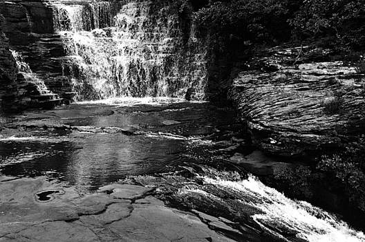 De Soto Falls by Jeff Montgomery