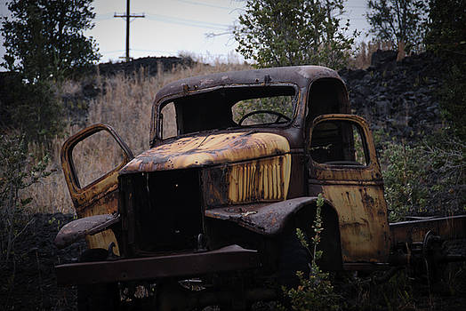 Decaying Truck by Preston Broadfoot