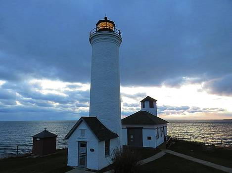 December light, Tibbetts Point  by Dennis McCarthy