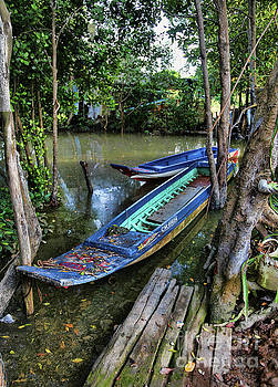 Chuck Kuhn - Decor Boats River Vietnam