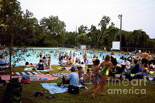 Herronstock Prints - Deep Eddy Pool is a favorite historic, man-made swimming pool in Austin, Texas, USA