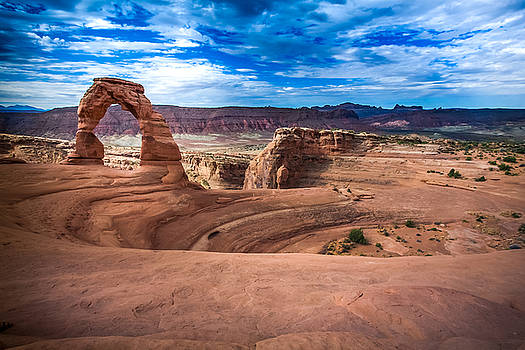 Delicate Arch by John Daly