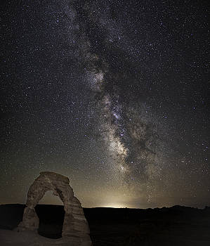 Delicate Galactic Arch by Tony Fuentes