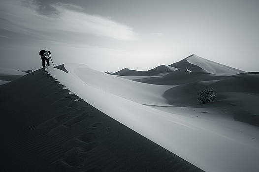 Desert And Photographer by Khaled Hmaad