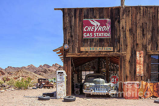 Edward Fielding - Desert Gas Station Eldorado Canyon
