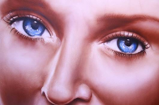 Desire 2 Close Up by Steve Vanhemelryck