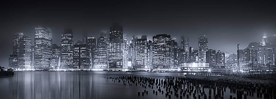 Destination Manhattan by Mark Andrew Thomas