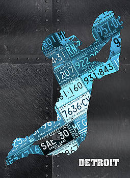 Design Turnpike - Detroit Lions Football Receiver Recycled Michigan License Plate Art
