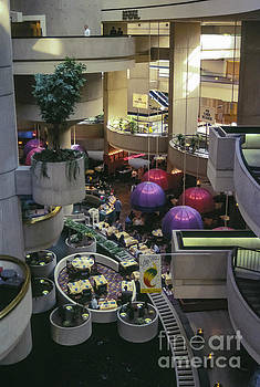 Bob Phillips - Detroit Marriott Hotel Interior Two