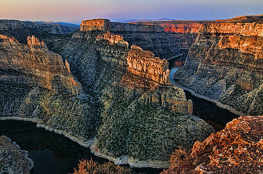 Devils Overlook Big Horn Canyon by Gary Beeler