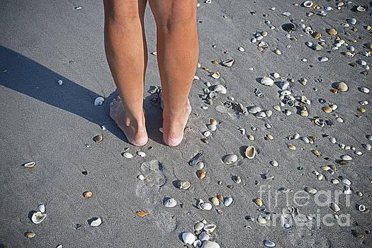 George D Gordon III - Dez Feet on Beach