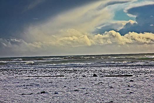 Diamond Beach Iceland Beach, Waves Clouds Iceland 2 2112018 1902.jpg by David Frederick