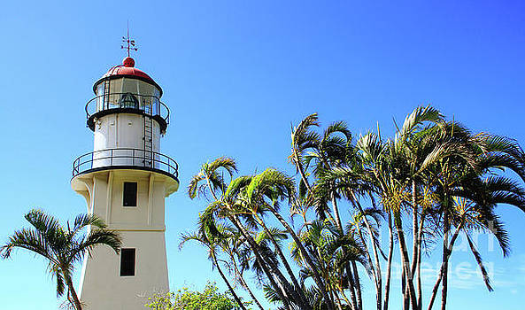 Diamond Head Light House - Oahu by David Daniel
