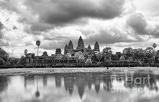 Chuck Kuhn - Digital Paint Angkor Wat BW