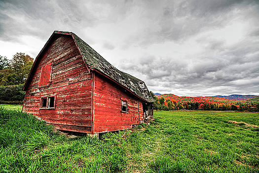 Toby McGuire - Dilapidated Barn Keene New York NY Route 73 Br