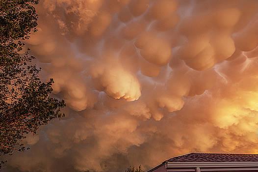 Dimmit Storm Mammatus by Scott Cordell