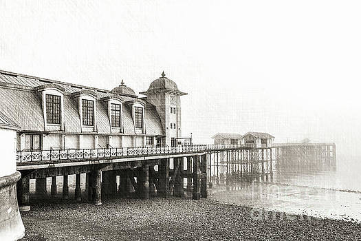 Disa pier ing Mono by Steve Purnell