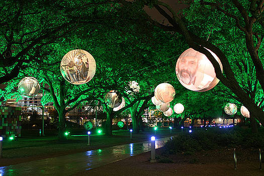 Discovery Green Christmas by Errol Allen