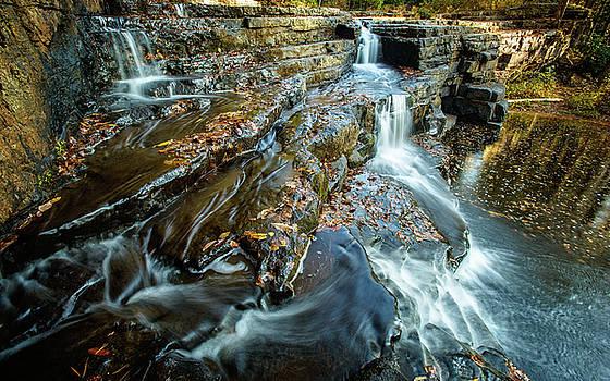 Dismal Creek Falls #2 by Joe Shrader