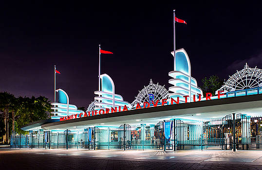 Disney California Adventure - Main Gate - May 29, 2015 by Todd Young