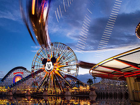 Disney California Adventure - Paradise Pier - January 25, 2015 by Todd Young