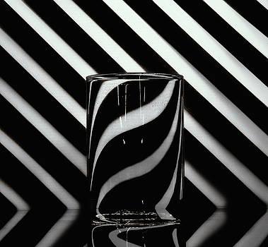 Distortion by Baptiste De Izarra