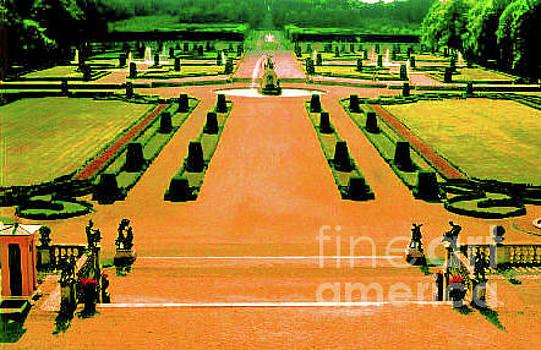 Elizabeth Hoskinson - Divine Gardens