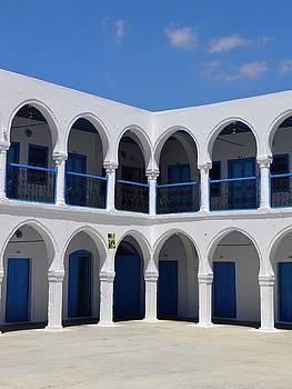 Djerba Jewish Synagogue- sleep me here by Exploramum Exploramum