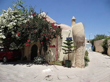 Djerba Street Art - Floral Home by Exploramum Exploramum