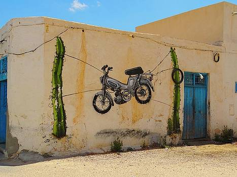 Djerba Street Art hanging bike by Exploramum Exploramum