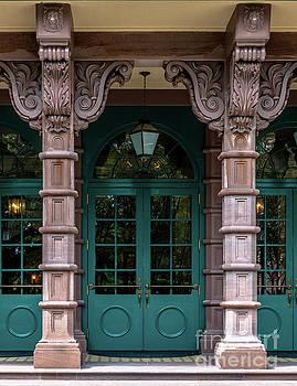 Dale Powell - Dock Street Columns