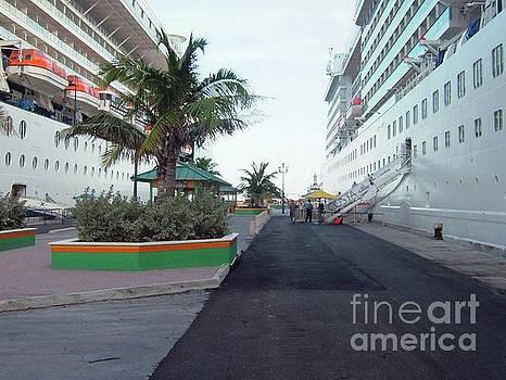Gary Wonning - Docked in Nassau