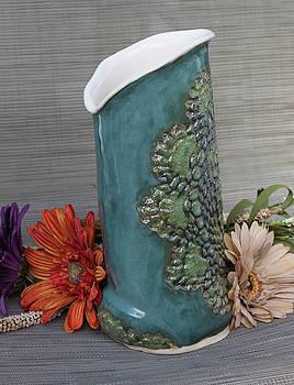 Doily Vase I by Suzanne Gaff