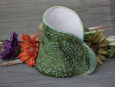 Doily Vase II by Suzanne Gaff