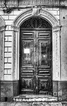 Wayne Moran - Doors of Cuba Green Door BW