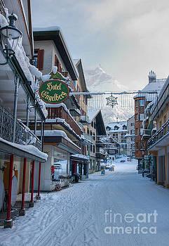 Down town Engelberg by Caroline Pirskanen