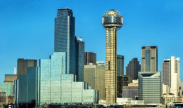 Downtown Dallas by Joan Bertucci