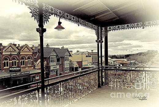 Downtown Daylesford II by Chris Armytage